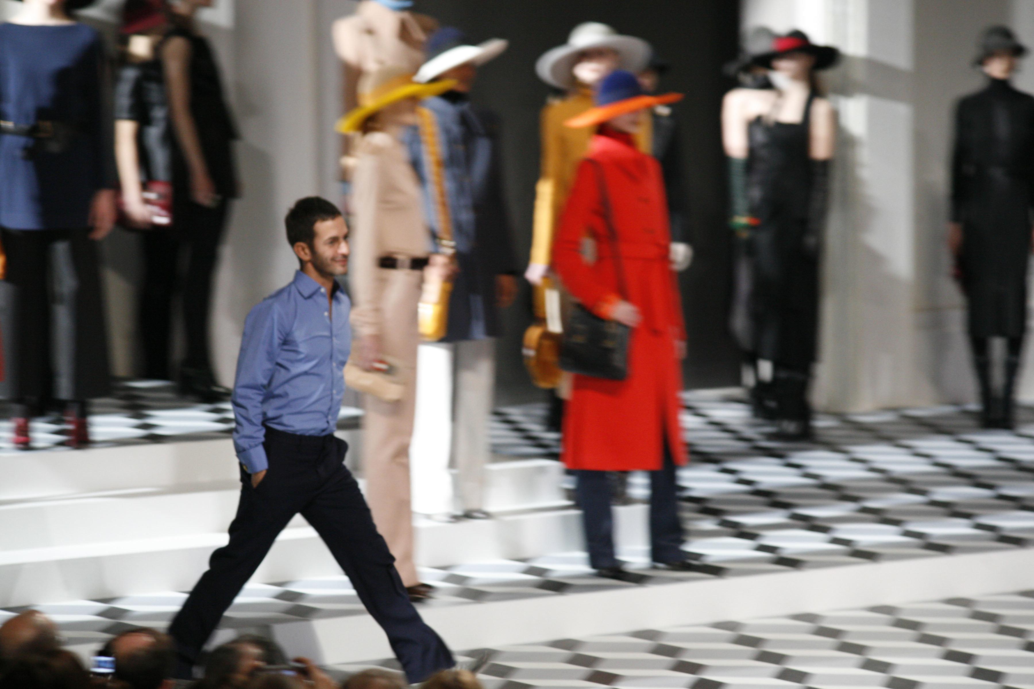 Δείτε πως είναι μια πρόταση γάμου με την υπογραφή του σχεδιαστή μόδας, Marc