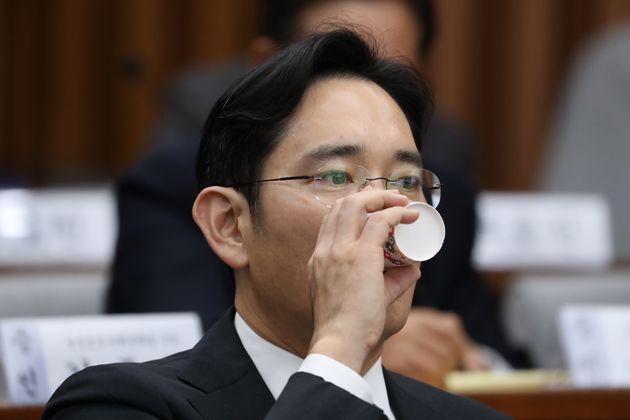 법원이 박근혜 '삼성 뇌물' 혐의만 무죄로 판단한