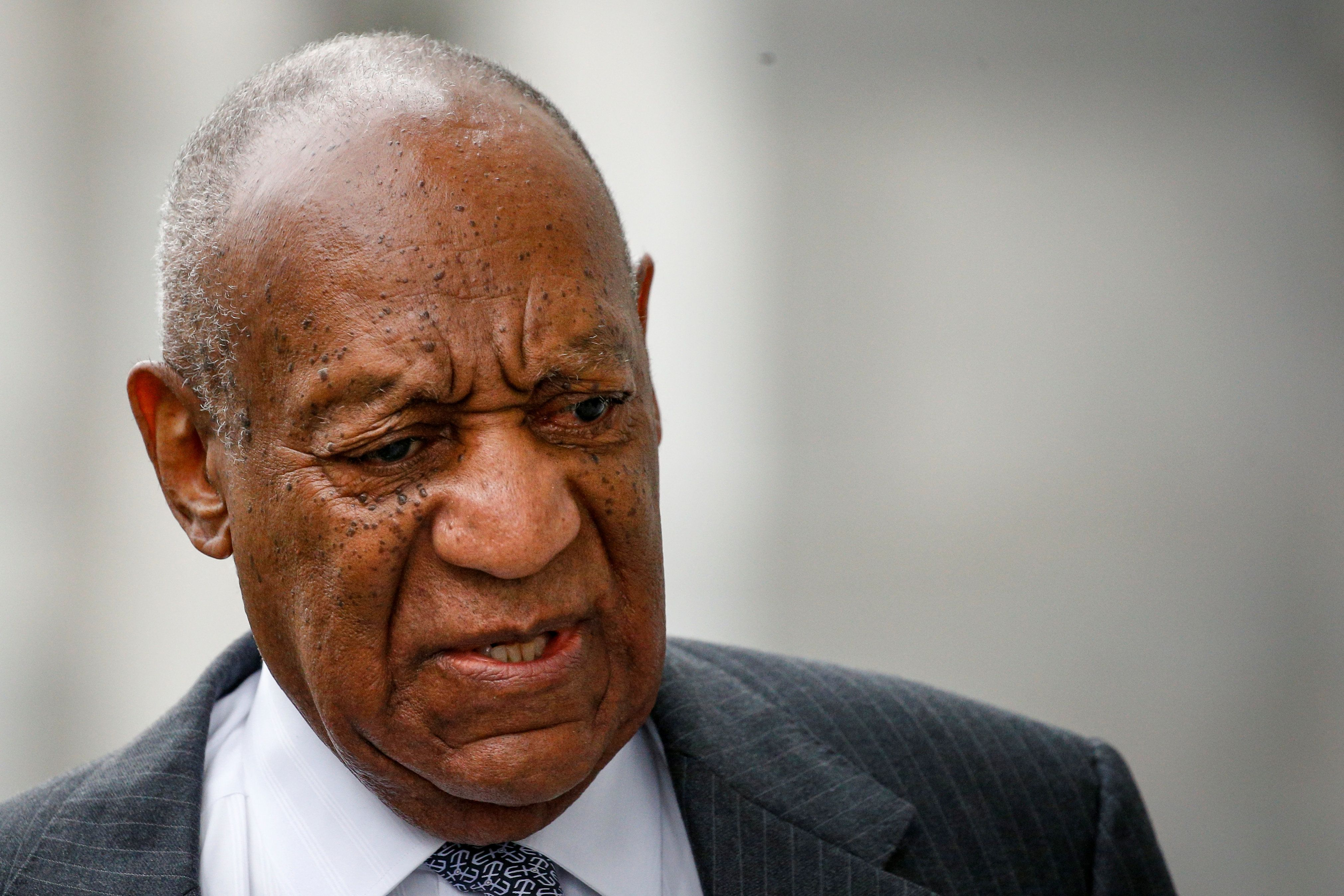 Actor and comedian Bill Cosby arrives for jury selection for his sexual assault trial at the Montgomery County Courthouse in Norristown, Pennsylvania, U.S. April 3, 2018.  REUTERS/Brendan McDermid
