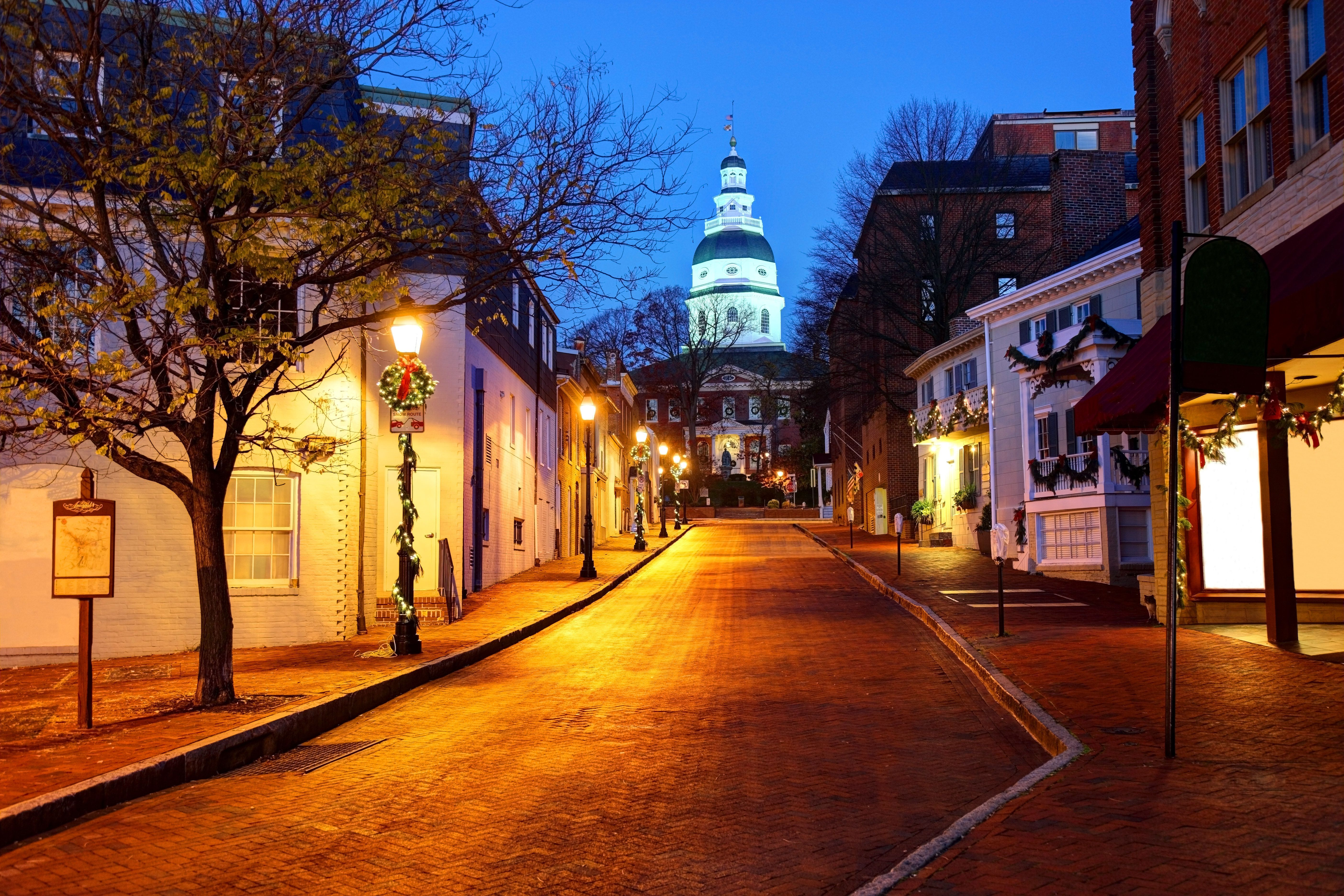 The Maryland State House is located in Annapolis and is the oldest state capitol in continuous legislative use, dating to 1772.