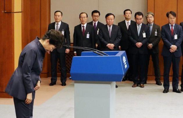 박근혜 전 대통령은 결정적인 시기마다 거짓말을