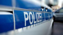 Cottbus: Mann fährt Auto in Fußgänger – Polizei verdächtigt Rechtsradikalen
