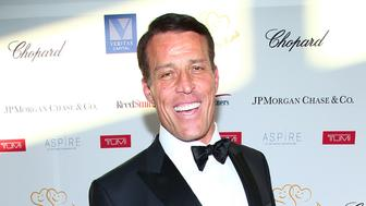 NEW YORK, NY - JUNE 07:  Lifetime Achievement Award Honoree Tony Robbins attends the 2017 Graduation Gala to benefit Happy Hearts Fund held at Aspire at One World Trade Center Observatory on June 7, 2017 in New York City.  (Photo by Paul Zimmerman/Getty Images for  Happy Hearts Fund)