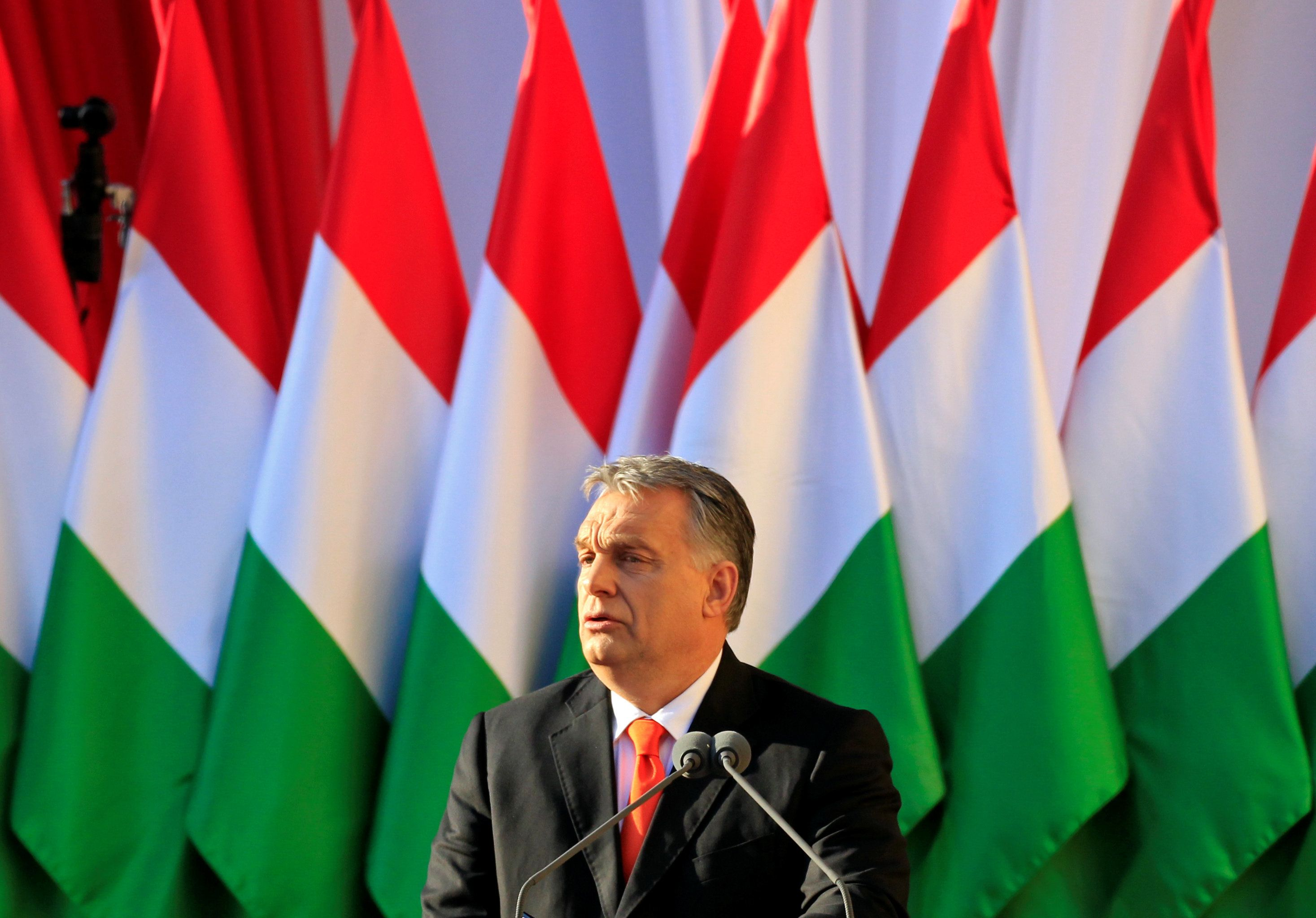 Hungarian Prime Minister Viktor Orban speaks during a campaign closing rally in Szekesfehervar, Hungary, April 6, 2018. REUTERS/Bernadett Szabo