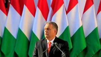 Hungarian Prime Minister Viktor Orban speaks during a campaign closing rally in Szekesfehervar, Hungary, April 6, 2018. REUTERS/Bernadett Szabo
