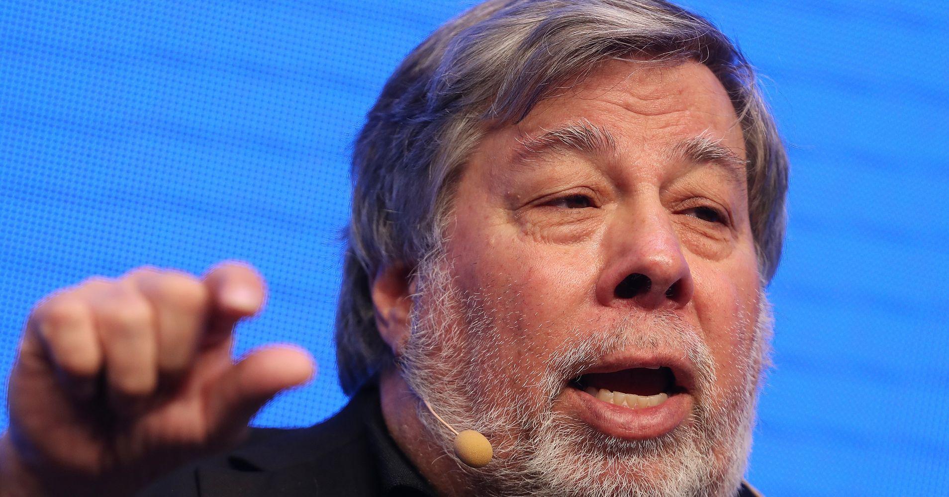 Apple Co-Founder Steve Wozniak Ditches Facebook