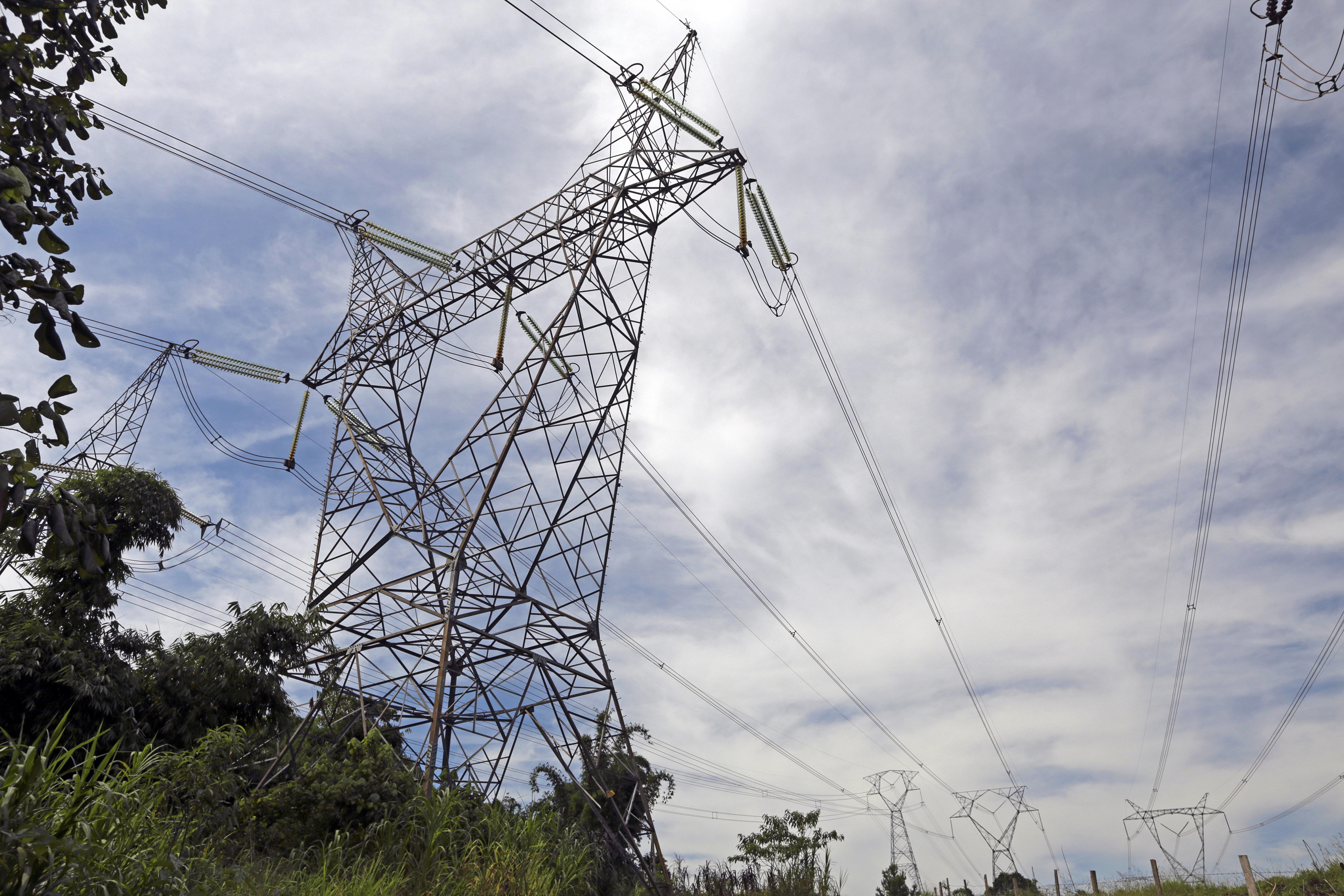 Electricité: hausse prévue de la demande durant la période de pointe de l'été