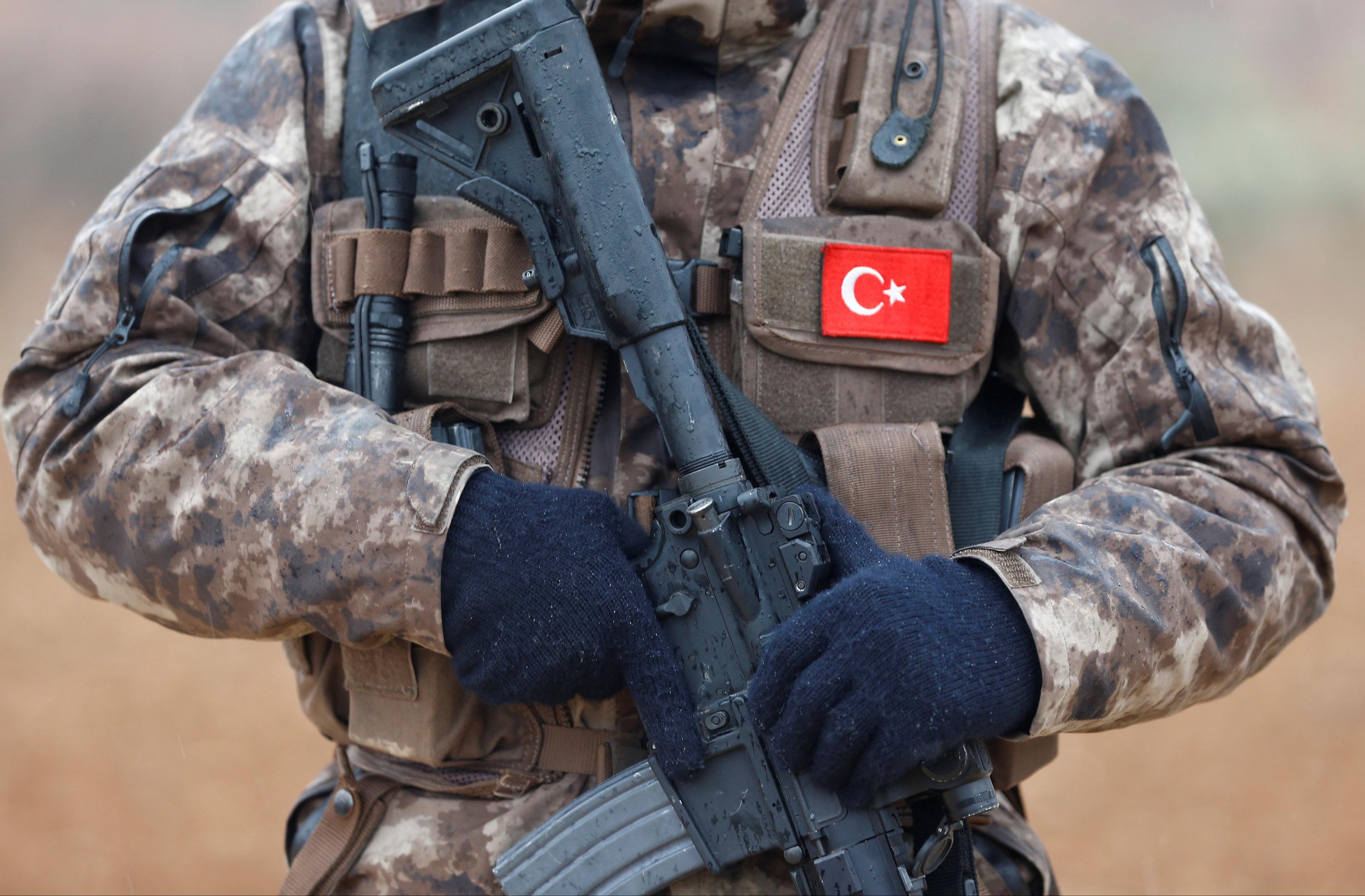 Σε σκάφος με ελληνική σημαία συνελήφθη ιμάμης του δικτύου Γκιουλέν, σύμφωνα με τουρκικά