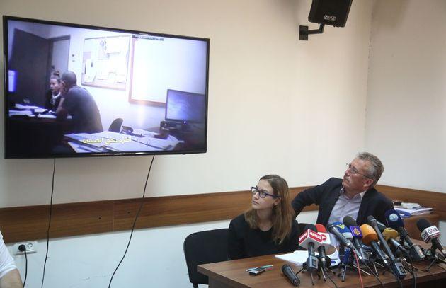 Le père de Ahed al Tamimi et ses avocats accusent Israël d'avoir maltraité et persécuté