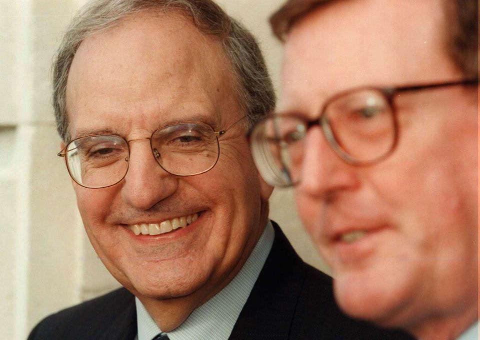 US special envoy George Mitchell with former UUP leader David