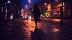 Dortmund: Frau wird mit Messer bedroht – dann bremst ein Golf neben ihr