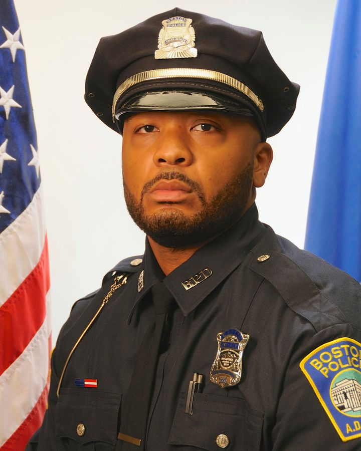 Boston police officer Dennis Simmonds died nearly a year after the 2013 attack from injuries that he sustained during a&