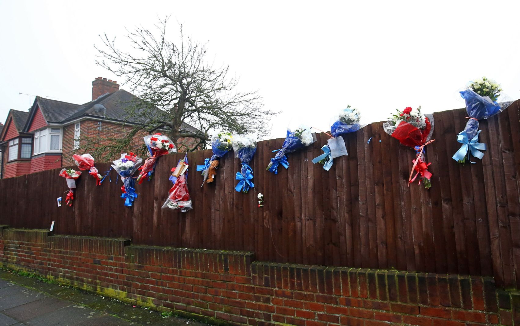 Hither Green burglary: vigilante destroys tributes to intruder stabbed by homeowner