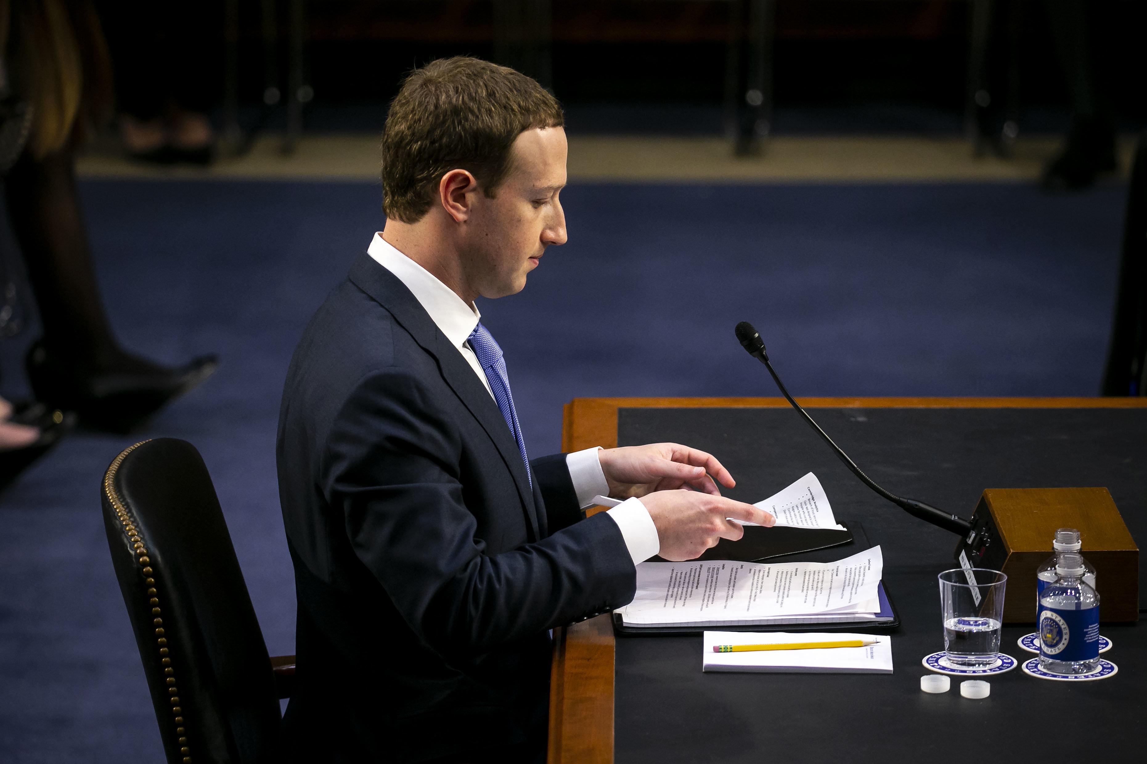 Ce que les notes de Mark Zuckerberg au Sénat prévoyaient qu'il
