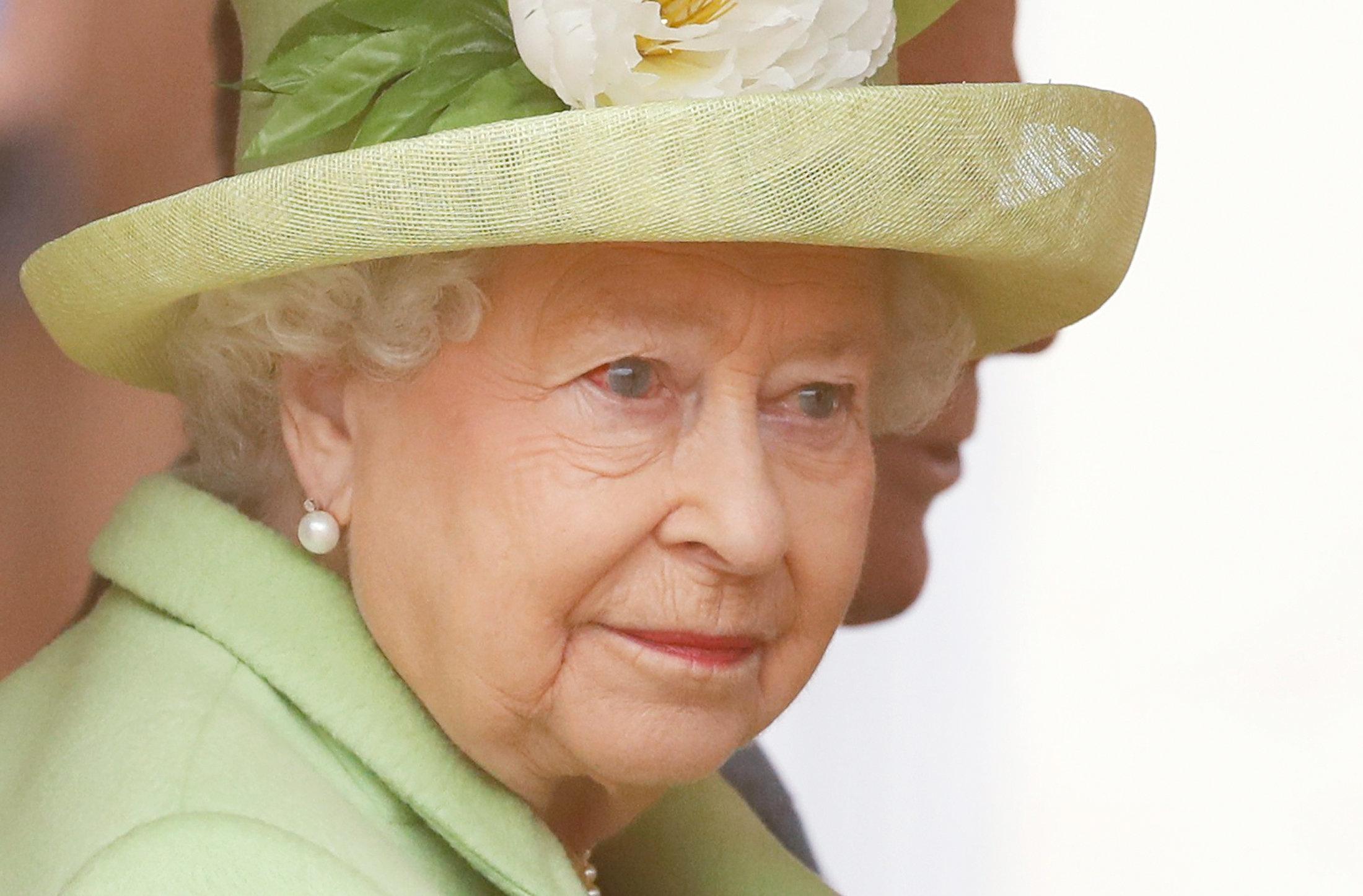 Seitenhieb auf Trump: Queen macht einen Witz auf Kosten des US-Präsidenten
