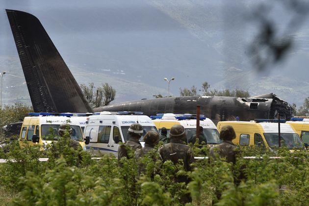 Site du crash de l'avion militaire à Boufarik, Blida, le 11 avril