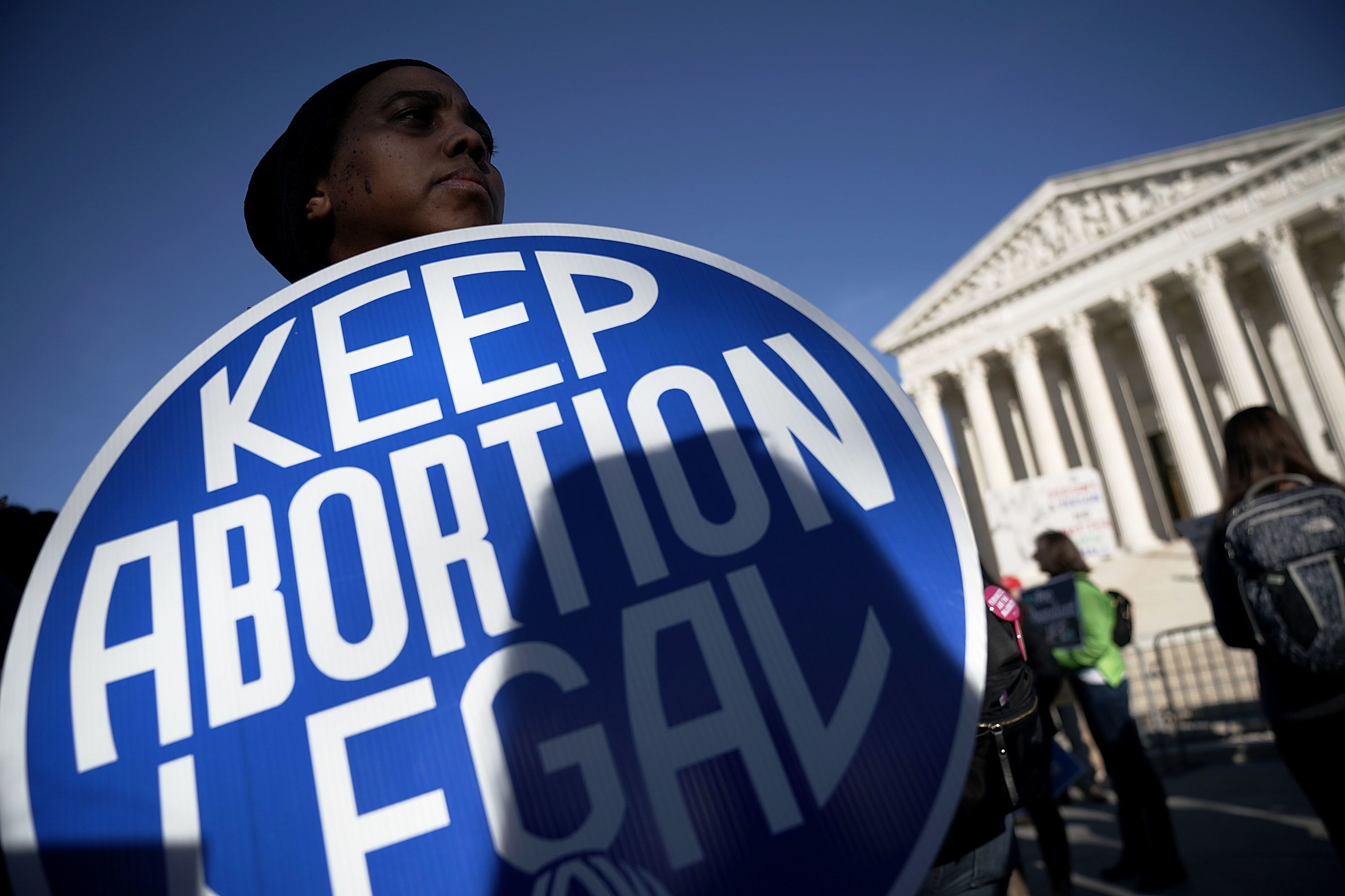 Arizona passes bill requiring women requesting abortions to answer why