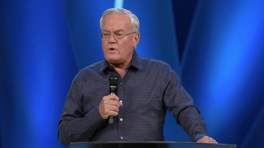 Bill Hybels founded Willow Creek Community Church in the Chicago area 42 years ago.