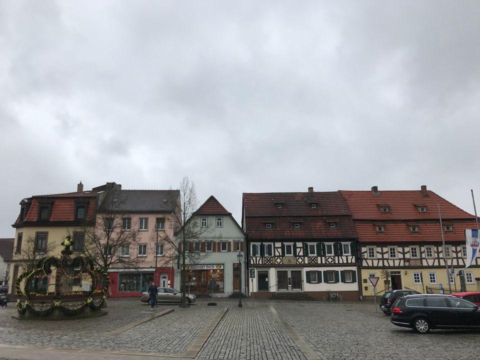 Der Marktplatz in Hofheim in