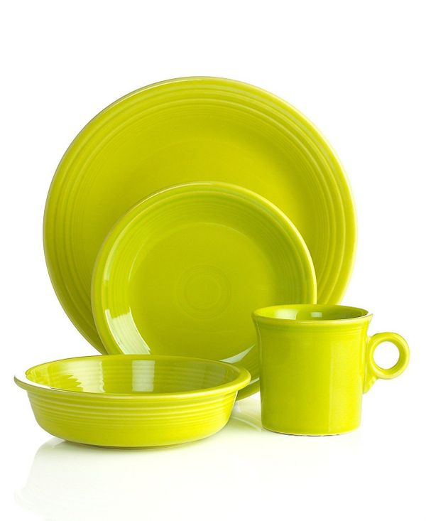 "This restaurant grade vitrified ceramic dinnerware is designed to last you for years to come. Get the set on <a href=""https:/"