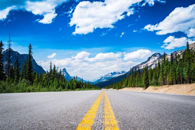 Πολίτες στον Καναδά προσφεύγουν στο δικαστήριο για να αλλάξουν την ονομασία ενός δρόμου που περιέχει...