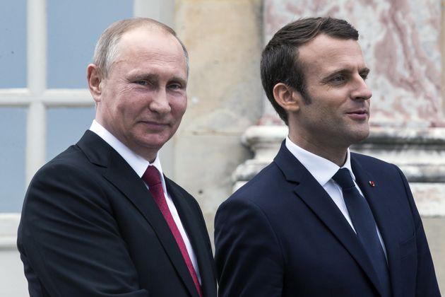 Τηλεφωνική επικοινωνία Πούτιν- Μακρόν για την κατάσταση στη