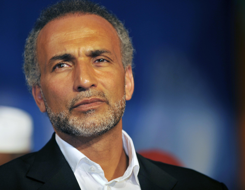 """""""Séquestration, contraintes sexuelles et cruauté"""", une cinquième plainte contre Tariq Ramadan"""