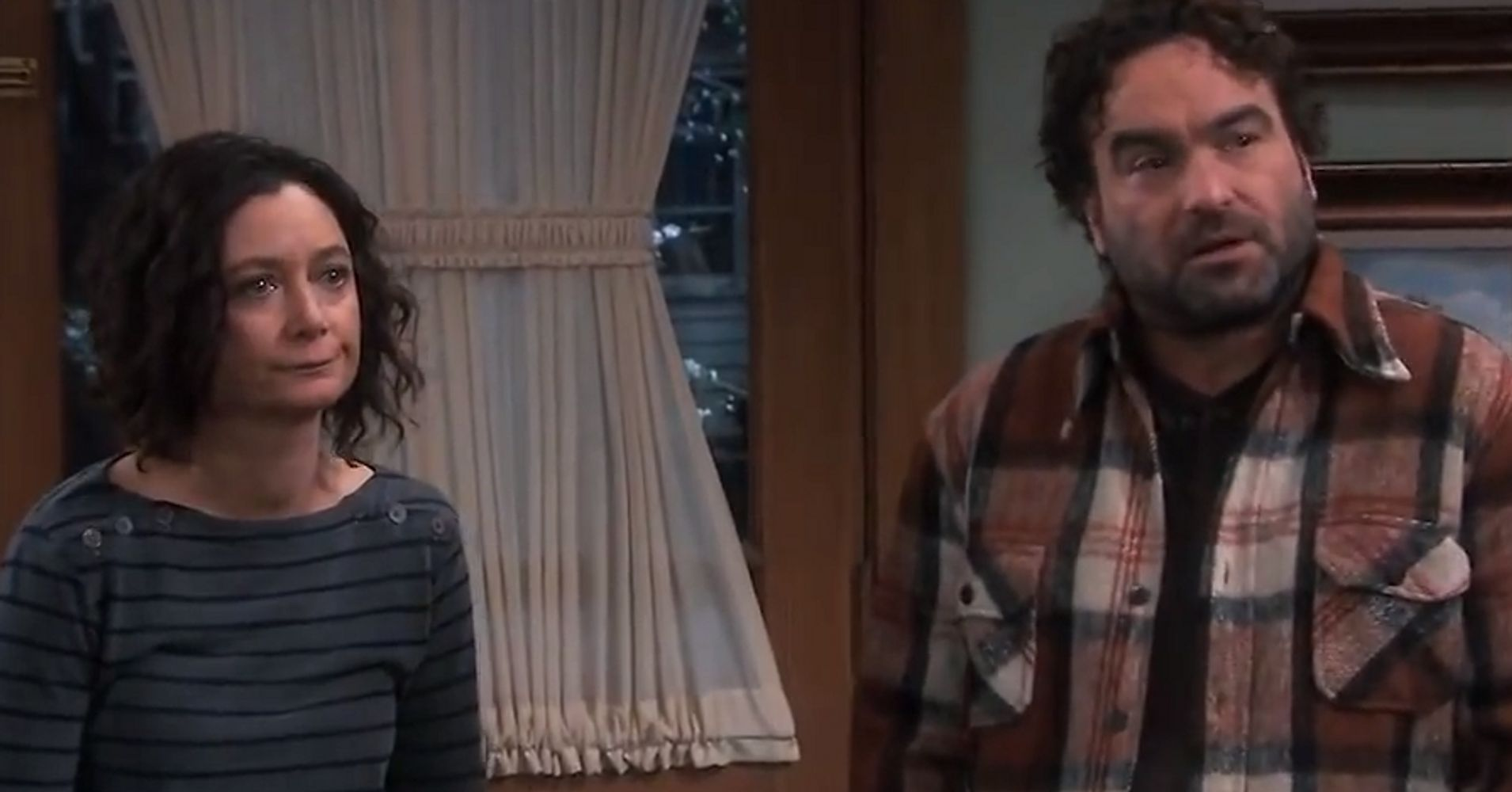 'Roseanne' Promo Trumpets Johnny Galecki's Return Next Week
