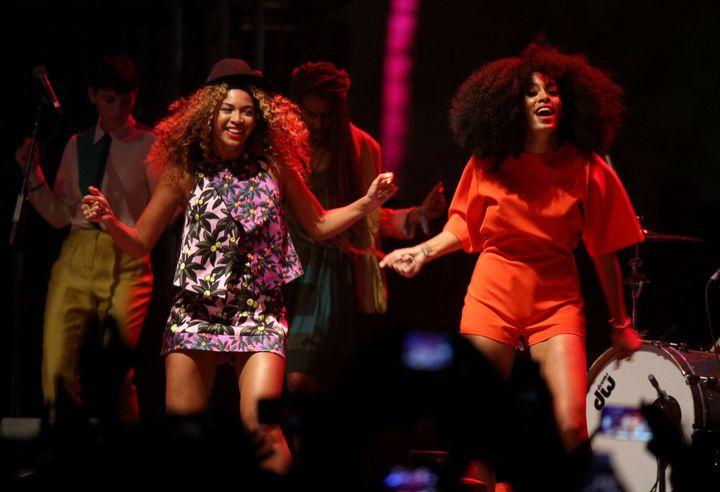 Solange joins sister Beyoncéduring performance at Coachella Valley Music & Arts Festival.