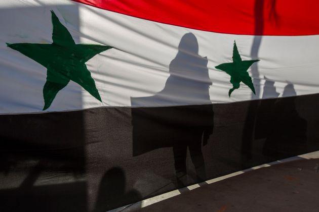 트럼프의 공습은 시리아인들이나 미국에 도움이 안 될