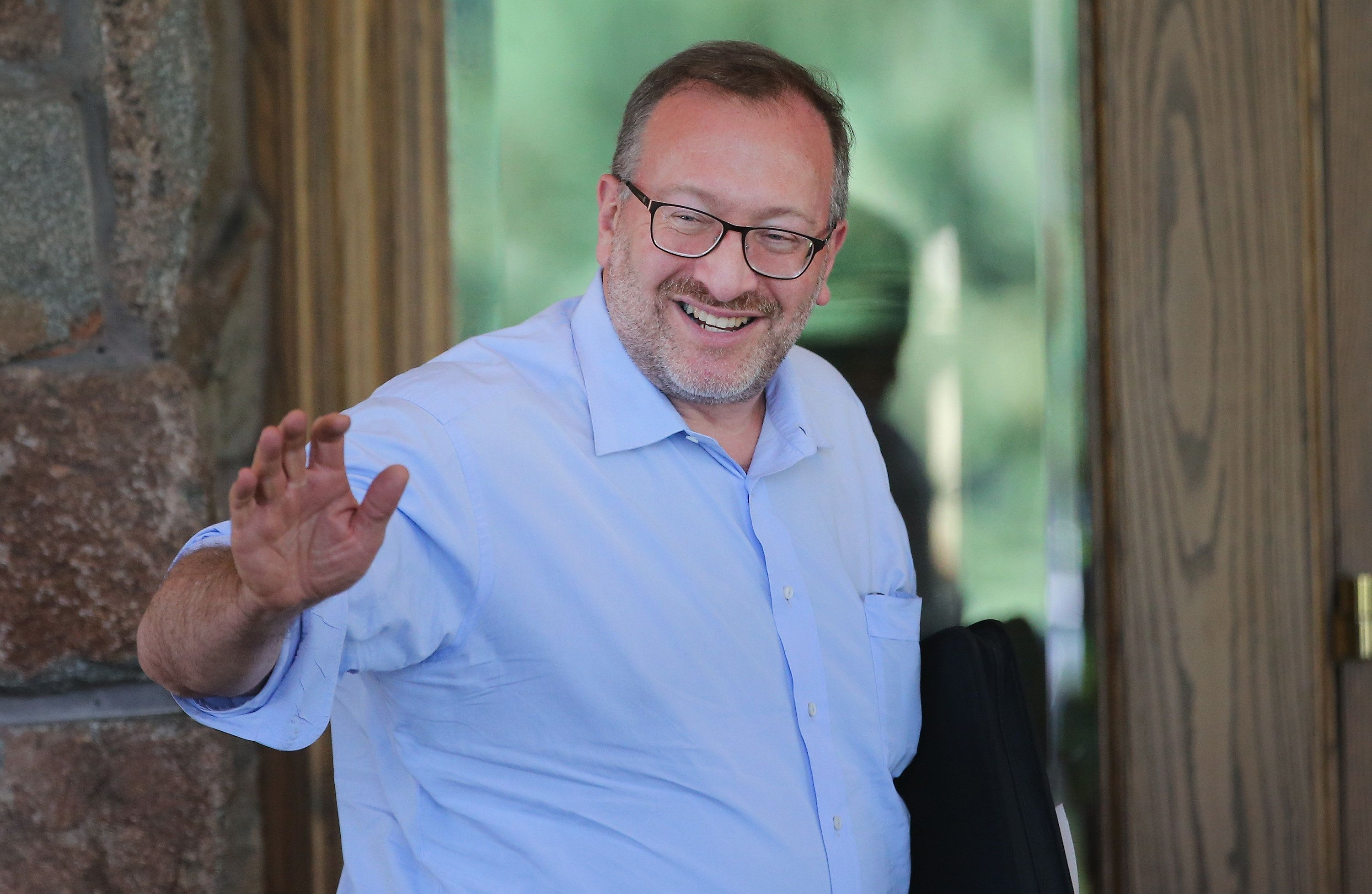 SUN VALLEY, ID - JULY 08:  Seth Klarman, founder and president of the Baupost Group, a Boston based private investment partnership, arrives for the Allen & Company Sun Valley Conference on July 8, 2014 in Sun Valley, Idaho. Many of the worlds wealthiest and most powerful businessmen from media, finance, and technology attend the annual week-long conference which is in its 32nd year.  (Photo by Scott Olson/Getty Images)