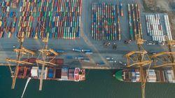 Η ναυτιλία ο πρώτος κλάδος που υιοθετεί συγκεκριμένους στόχους μείωσης των εκπομπών CO2. Χαιρετίζουν την απόφαση οι έλληνες