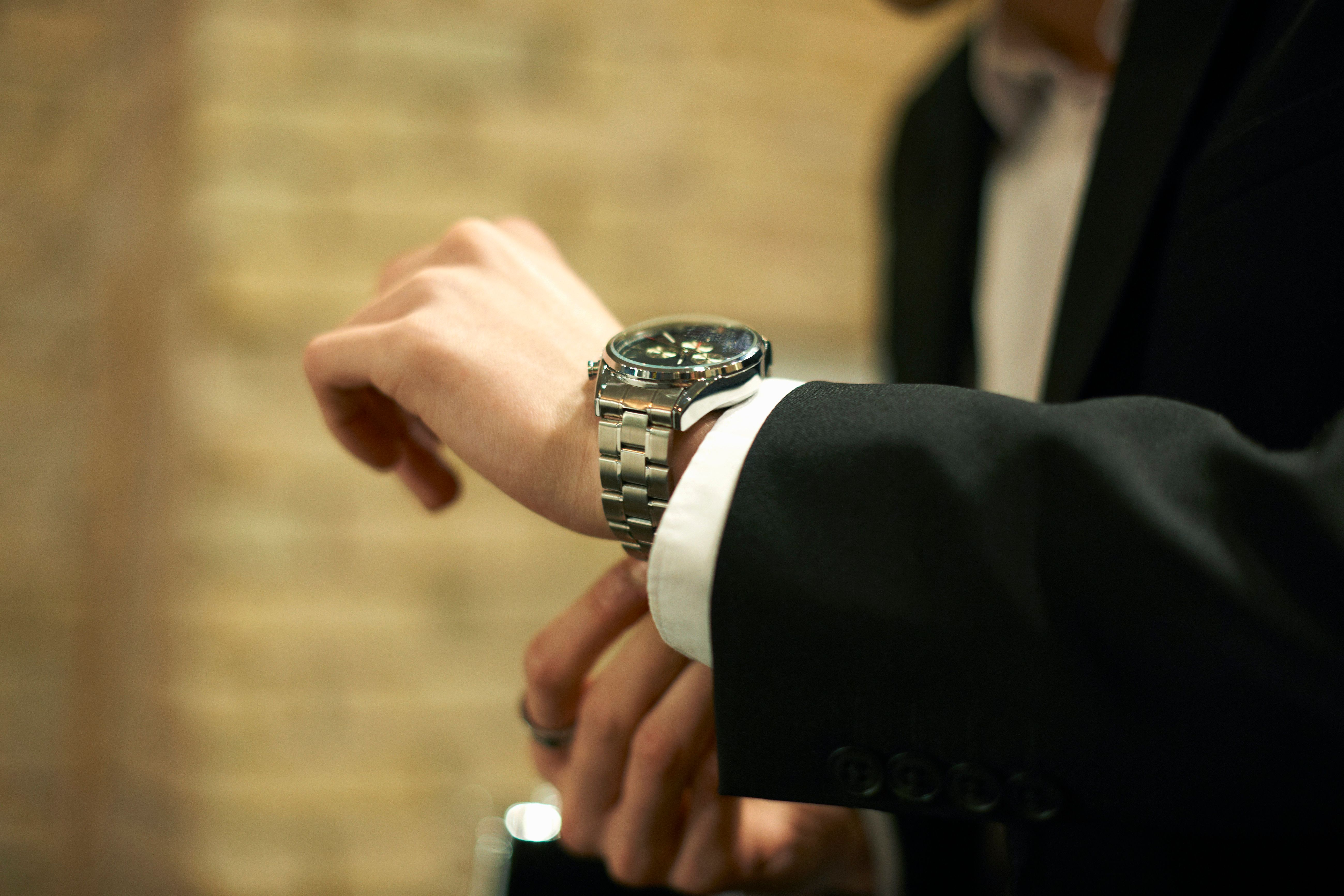 Συμμορίες Ναπολιτάνων έκλεψαν από κροίσους στη Μύκονο ρολόγια αξίας 830.000