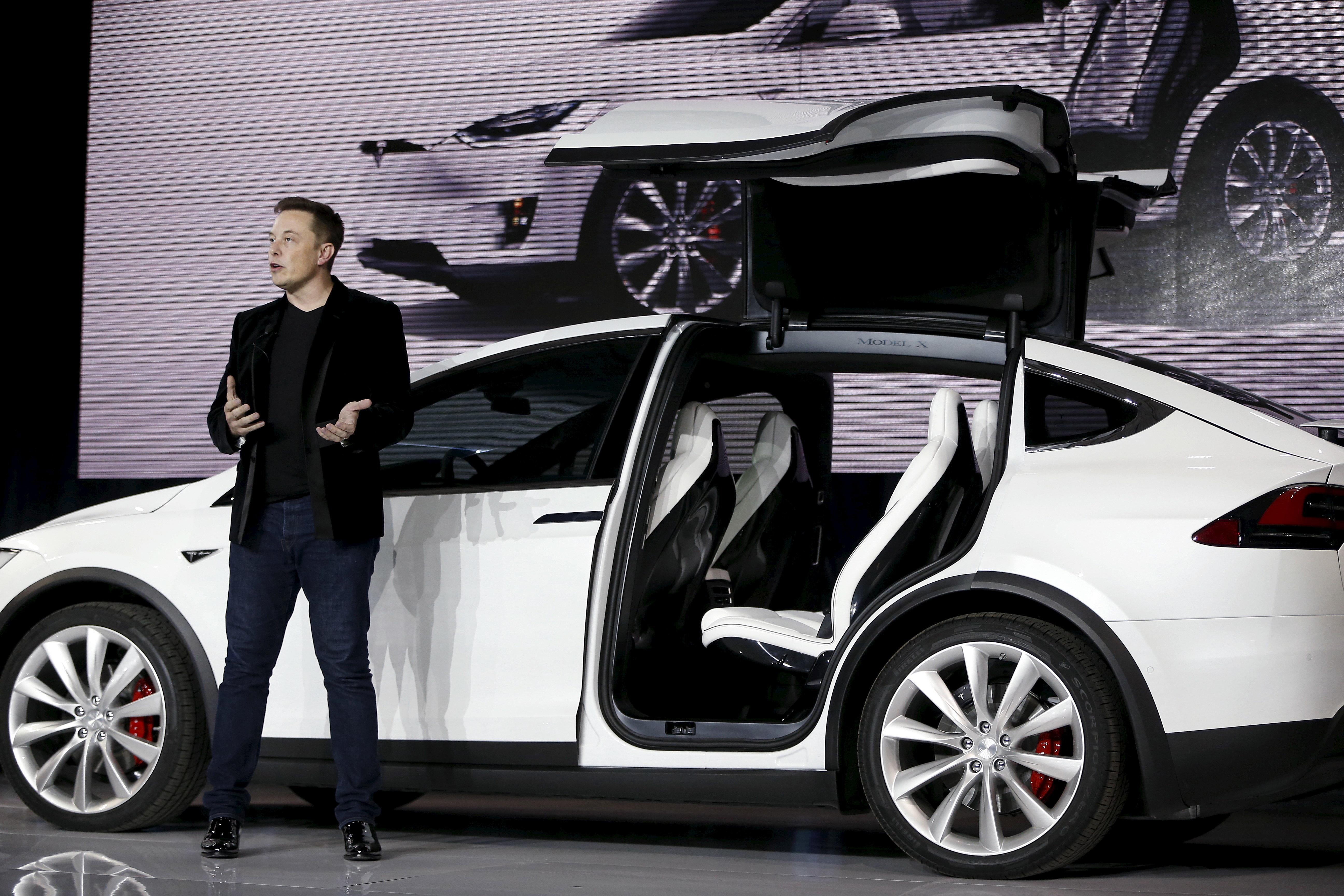 Tesla: Elon Musk admet avoir trop robotisé la production de la Model 3, et sa solution va vous rassurer sur l'avenir