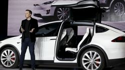Tesla: Elon Musk admet avoir trop robotisé la production de la Model 3, et sa solution va vous rassurer sur