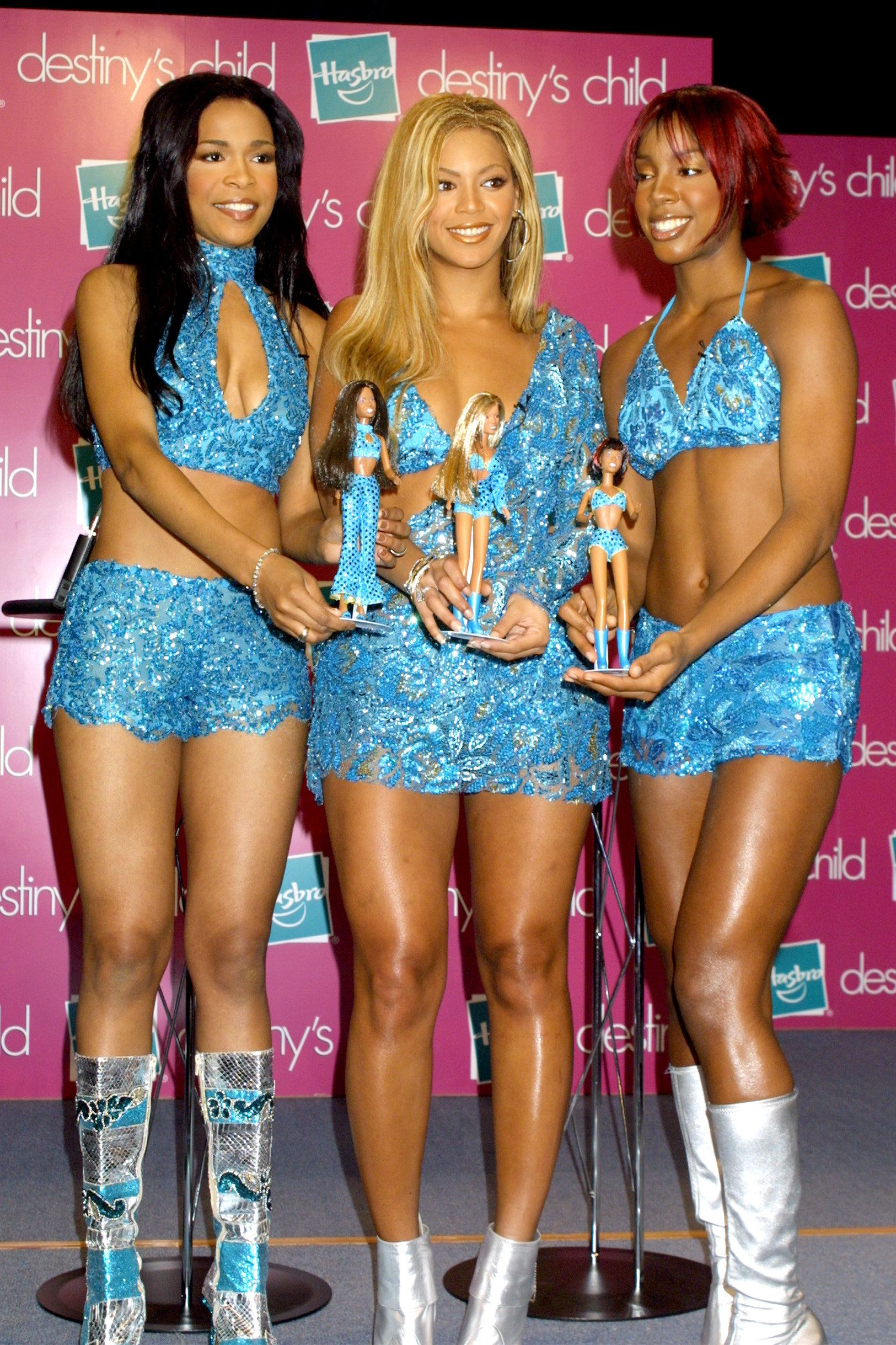 UNITED STATES - CIRCA 2000:  Destiny's Child and their dolls  (Photo by Vinnie Zuffante/Getty Images)