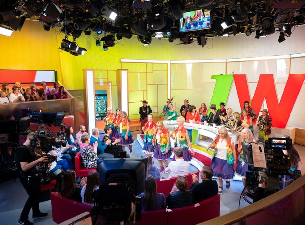 ALL NEW: 'Loose Women' now has an arena-type setting