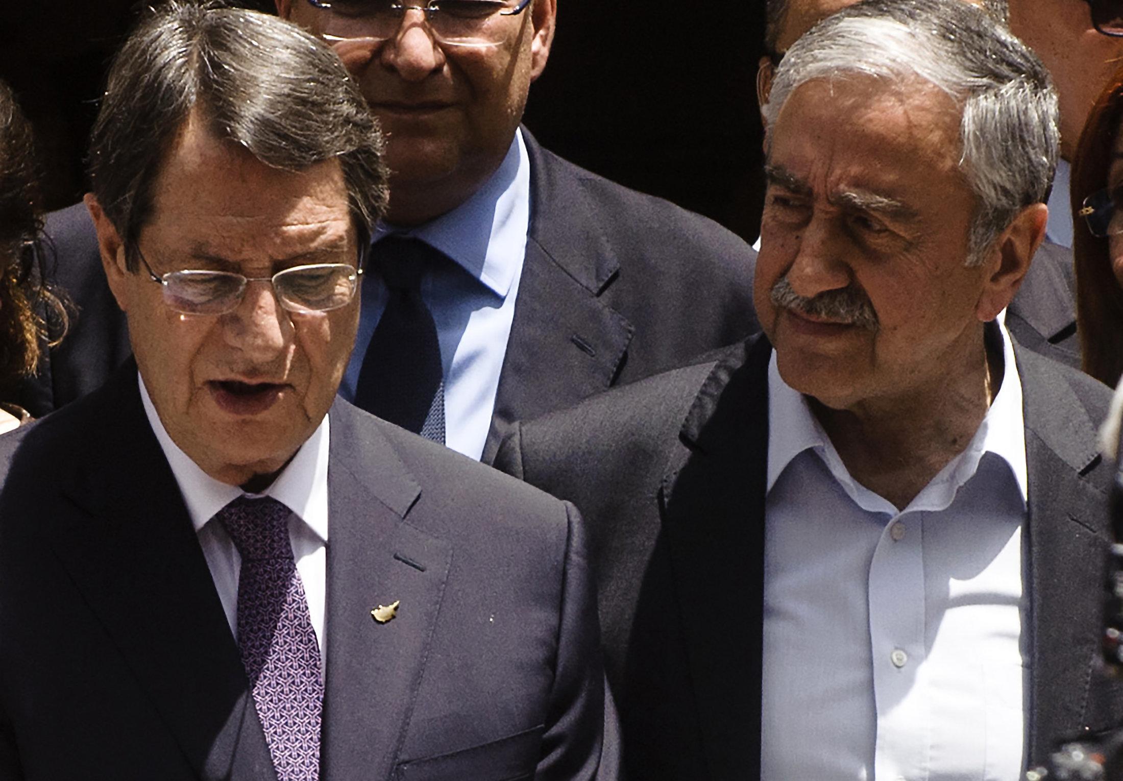 Αναστασιάδης και Ακιντζί διαπίστωσαν πως...διαφωνούν σχετικά με την επανεκκίνηση των