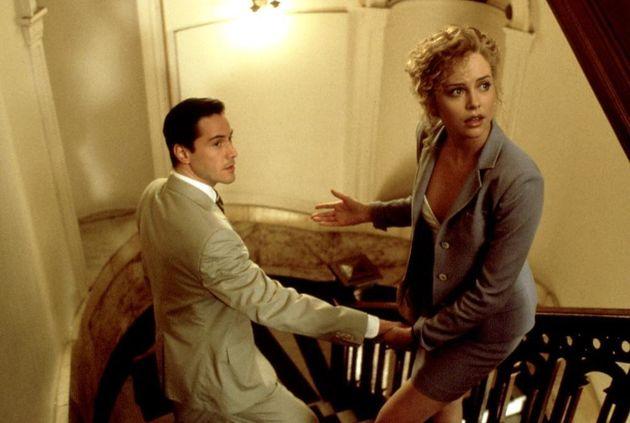 O Keanu Reeves με την Charlize Theron στο «Ο Δικηγόρος...