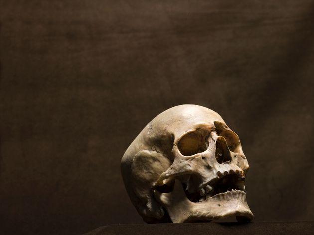 Αρχαιολογικό αίνιγμα με μεσαιωνικό σκελετό στην
