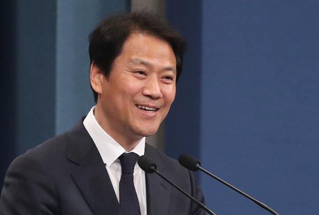 """청와대 """"남북정상 판문점 회담 정례화가 핵심"""