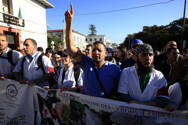 Grève des médecins résidents: réunion stérile entre le ministère et le