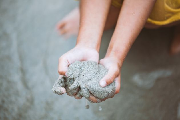 Ανακάλυψαν πως η λάσπη που καλύπτει ένα μικρό νησί της Ιαπωνίας μπορεί να αποτελέσει θησαυρό για την...