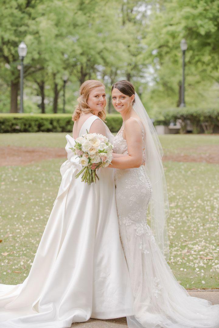 Deidre Downs Gunn (right) married Abbott Jones at Alabama'sBirmingham Museum of Art on April 14.