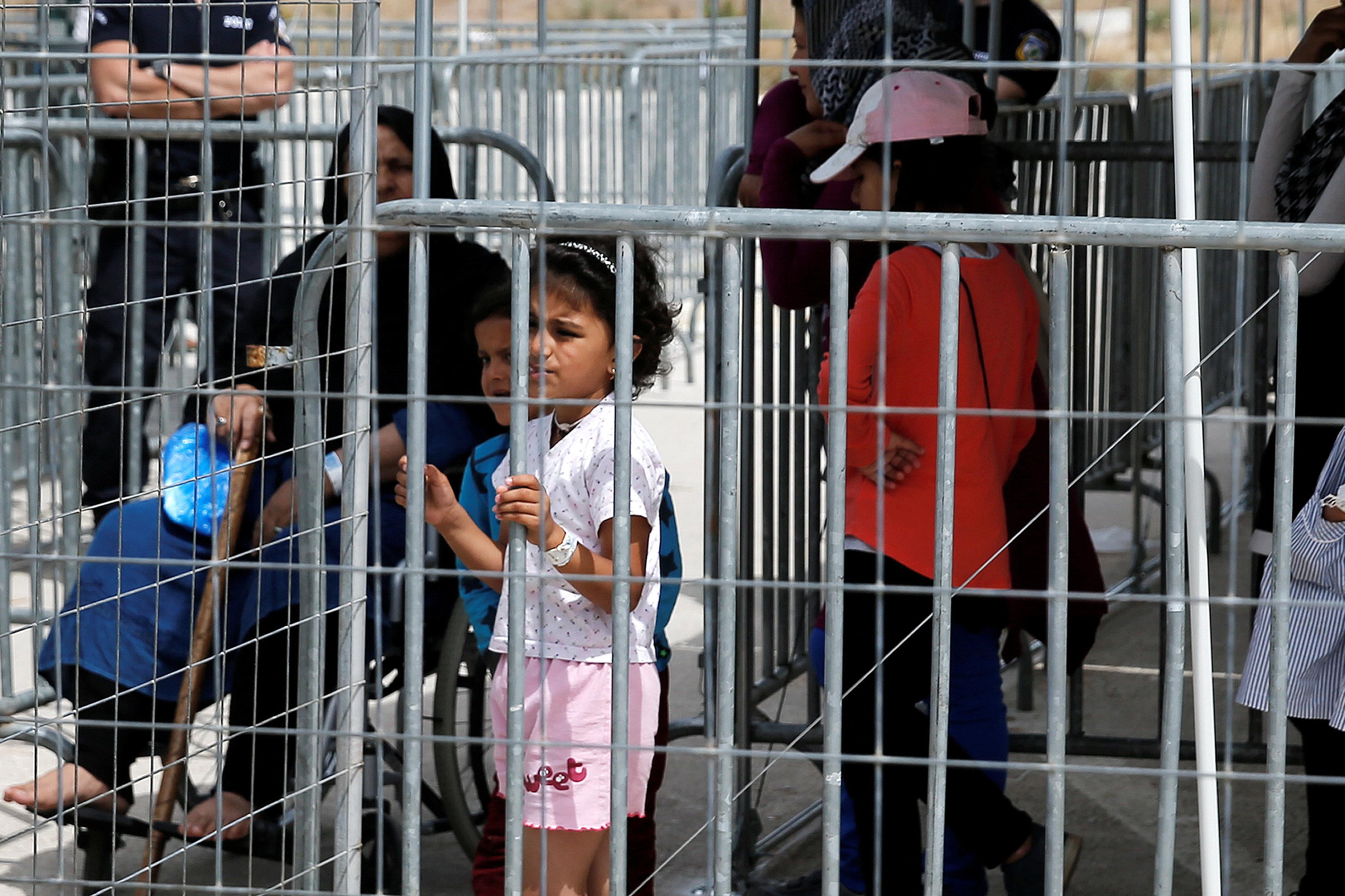 ΣτΕ: Ελεύθεροι θα μπορούν να κυκλοφορούν όσοι πρόσφυγες φτάνουν πλέον στην
