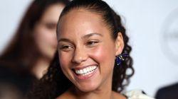 Alicia Keys: «Στα 14 μου ο μάνατζέρ μου με αντιμετώπιζε ισότιμα. Άντρες και γυναίκες μαζί θα φέρουν την