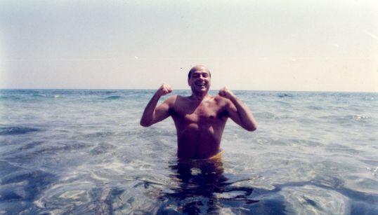 Quand Silvio Berlusconi passait du bon temps à Hammamet