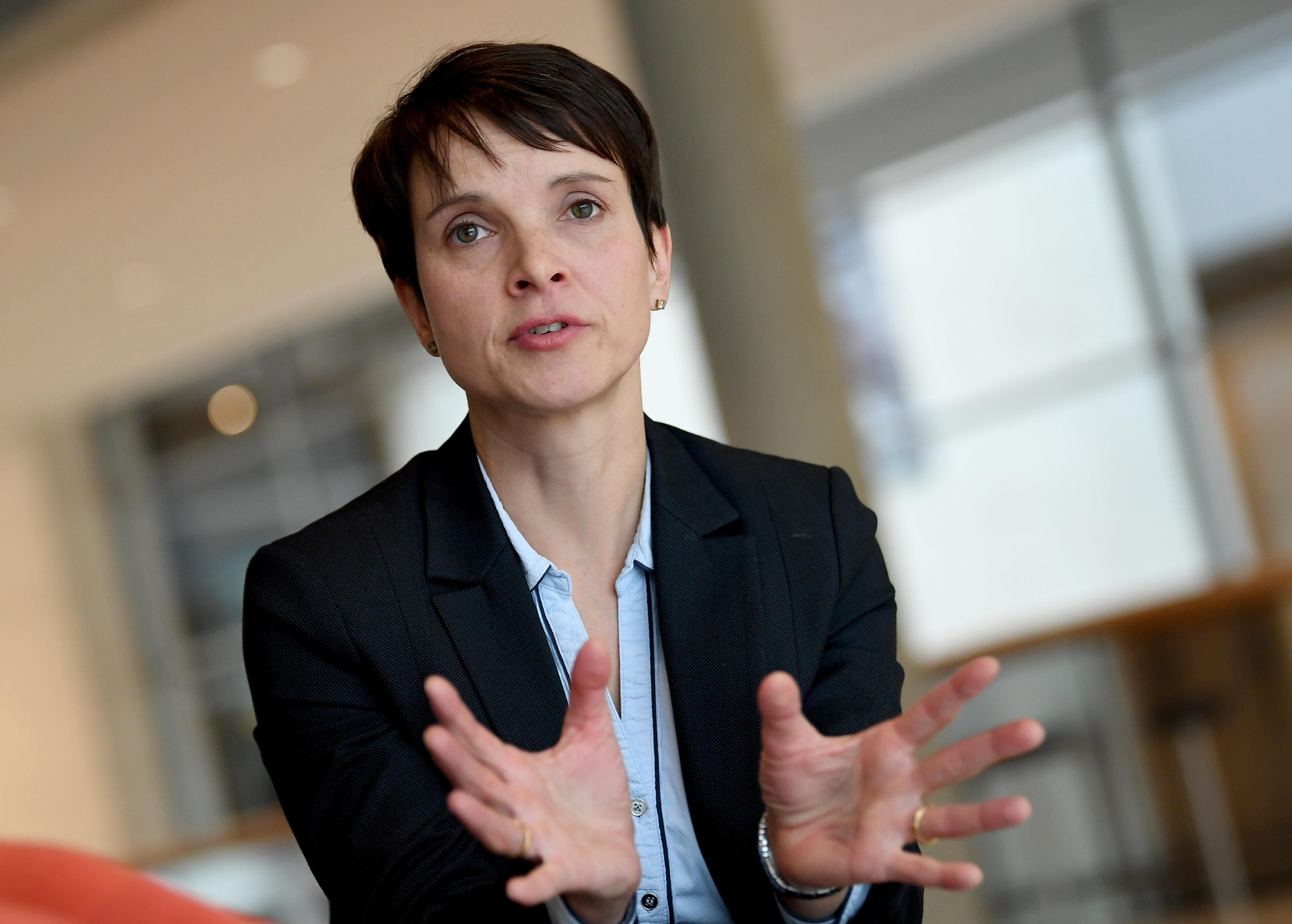 """Nach dem MDR-Eklat erklärt Frauke Petry, wann es okay ist, """"N****"""" zu"""
