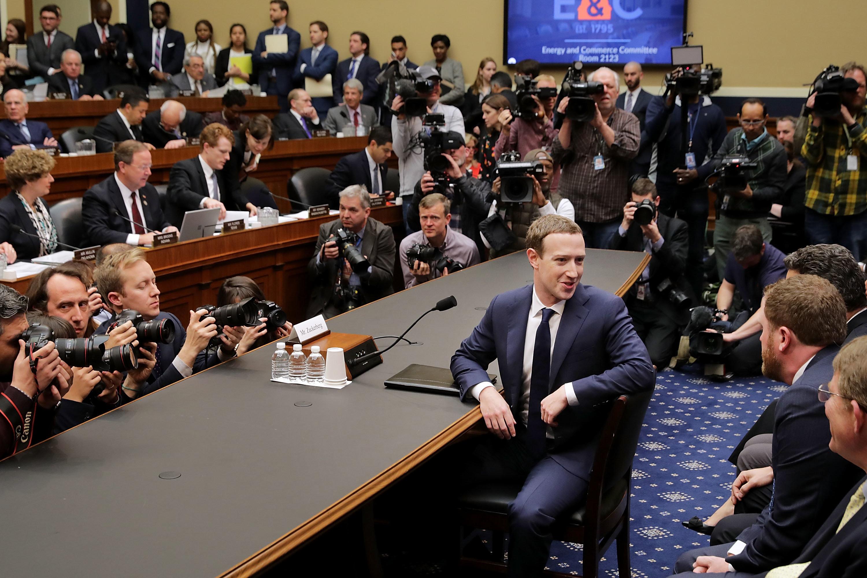 Le Parlement européen exige de Zuckerberg qu'il vienne s'expliquer en