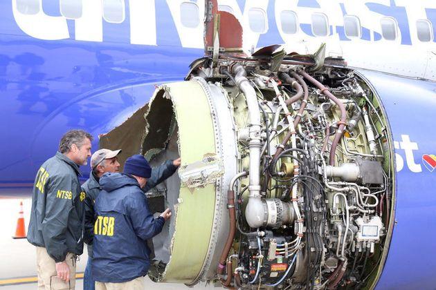 엔진 폭발로 비상착륙한 사우스웨스트 항공 승객 대다수가 산소마스크를 잘못 착용하고